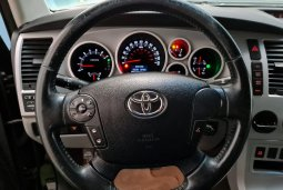 Toyota Tundra 5.7i V8 iForce 6-Speed Auto