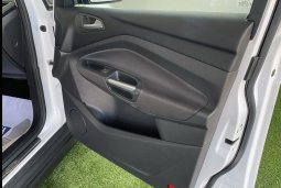 Ford C-Max 1.0 Ecoboost (120cv) Titanium